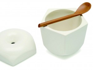 Pomme sugar pot by Tatsuya Okazaki
