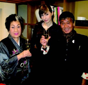 World top model Milana Norman, renowned beauty expert Masako Tanaka, and Peek-A-Boo's Fumio Kawashima.