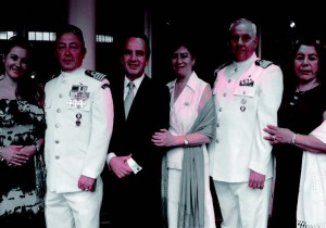 The Cuauhtemoc's commanding officer and señora Jose Franciscio Gonzales Galindo, Mexican ambassador and señora Miguel Ruiz-Cabanas, and Mexican naval attaché to Korea Elias de Jesus Caballero and his wife