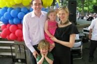 Eduardo Cardenas, his wife Meredith and their two beautiful kids Sebastian and Gabriela