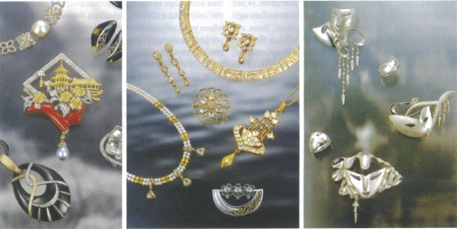 Jewelery with diamonds