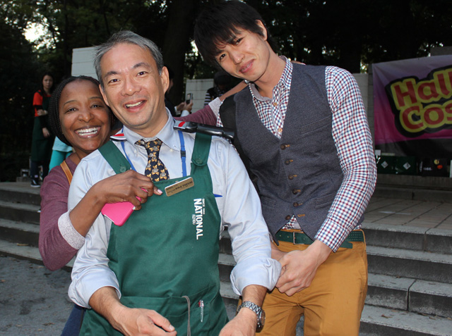 Jazz singer Andrea Hopkins, National Azabu's Dale Toriumi, and actor Hide Kusakari
