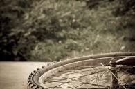 abandoned-bicycle