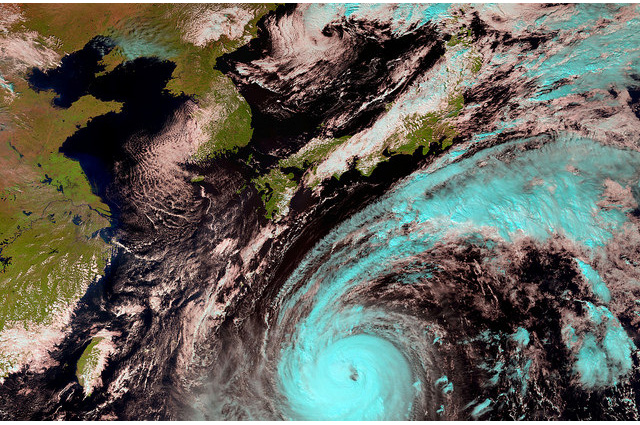typhoon-phanfone