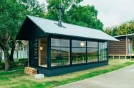 Muji Wood hut