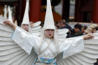 asakusa-white-heron-dance