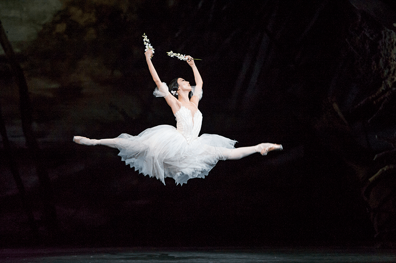 giselle-akane-takada-as-giselle-roh-2016-photograph-by-tristram-kenton-6