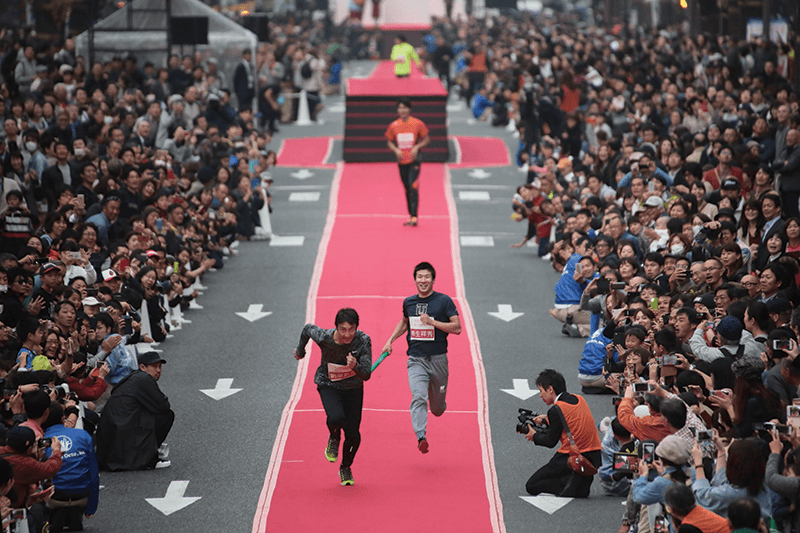 midosuji-runway-japanese-mens-relay-team