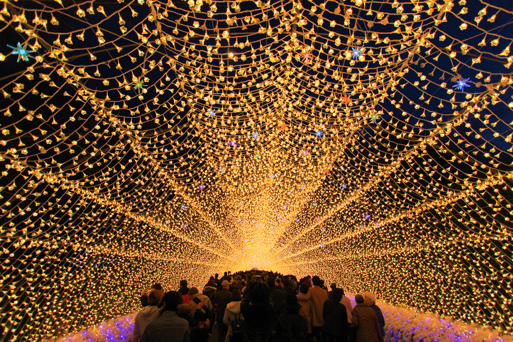 Dazzling Winter Illuminations That Continue To Glitter