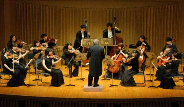 Tokyo Sinfonia Champagne Concert