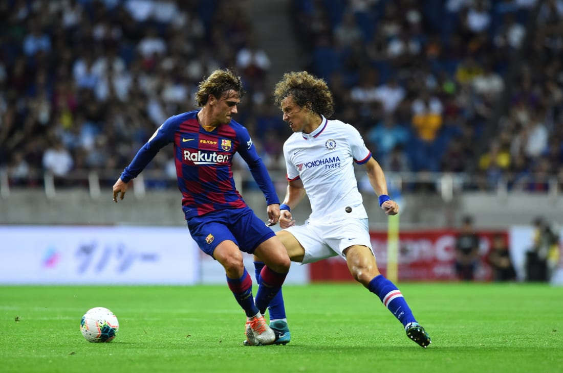 Chelsea and Barcelona football players compete in Rakuten Cup