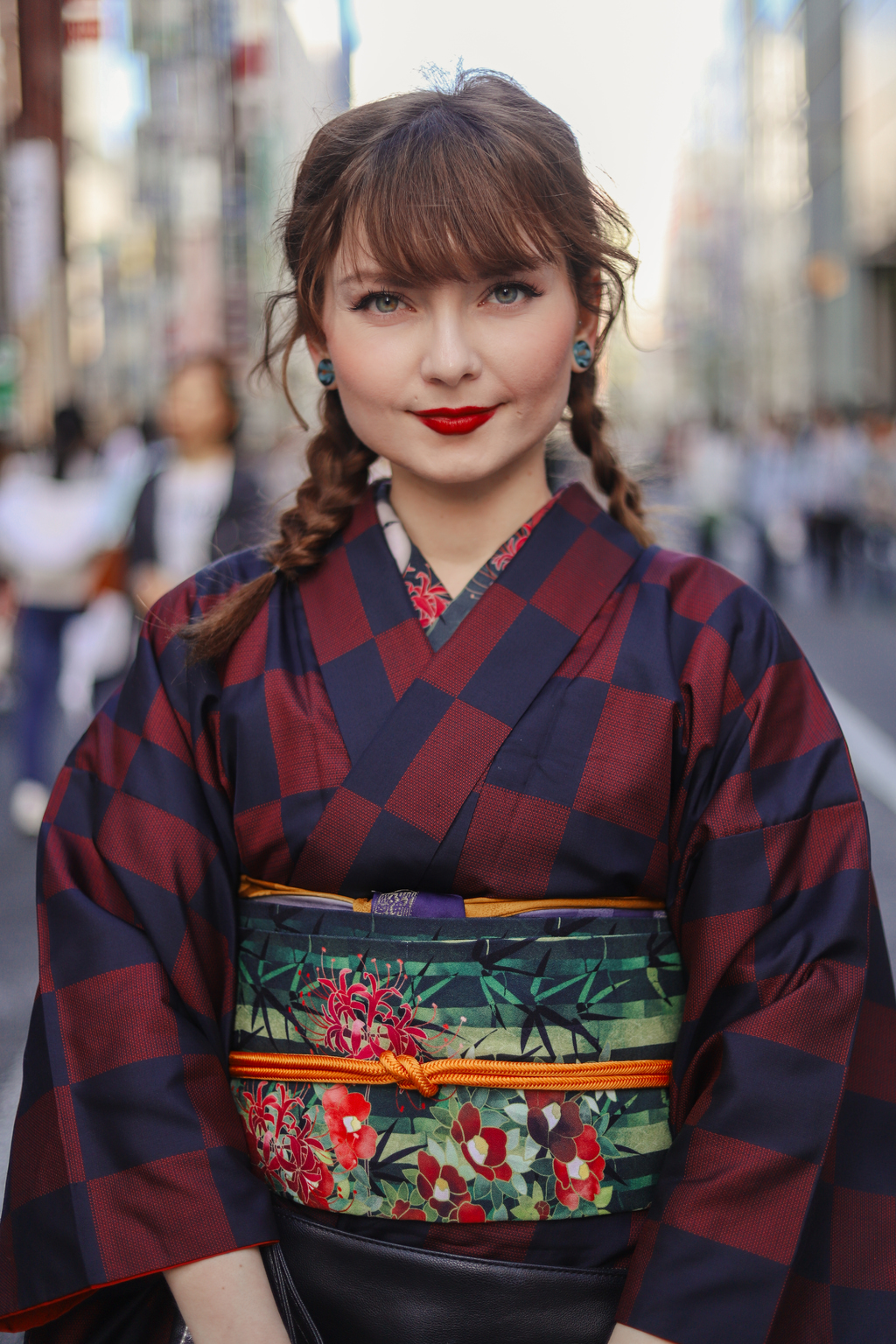 foreign woman wears kimono in Tokyo